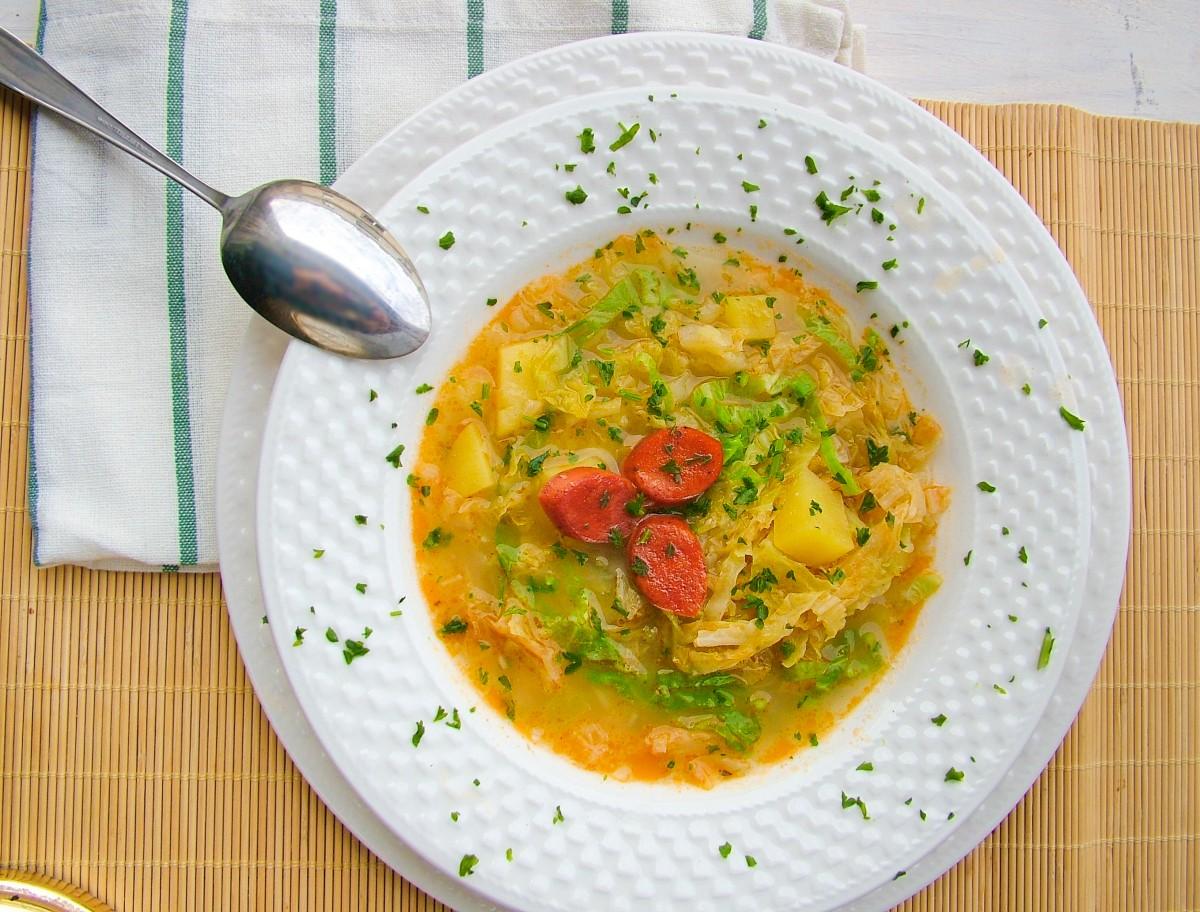 kelkáposzta leves virslivel a legjobb gyógyszer mindenféle helmintához